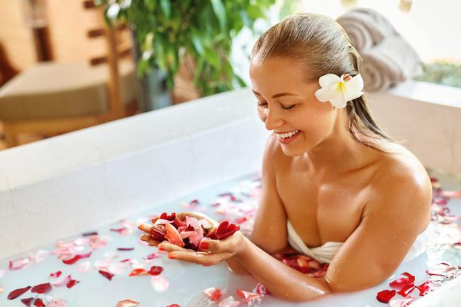करने के लिए बिल्कुल कैसे धोने के लिए स्नान में स्वास्थ्य