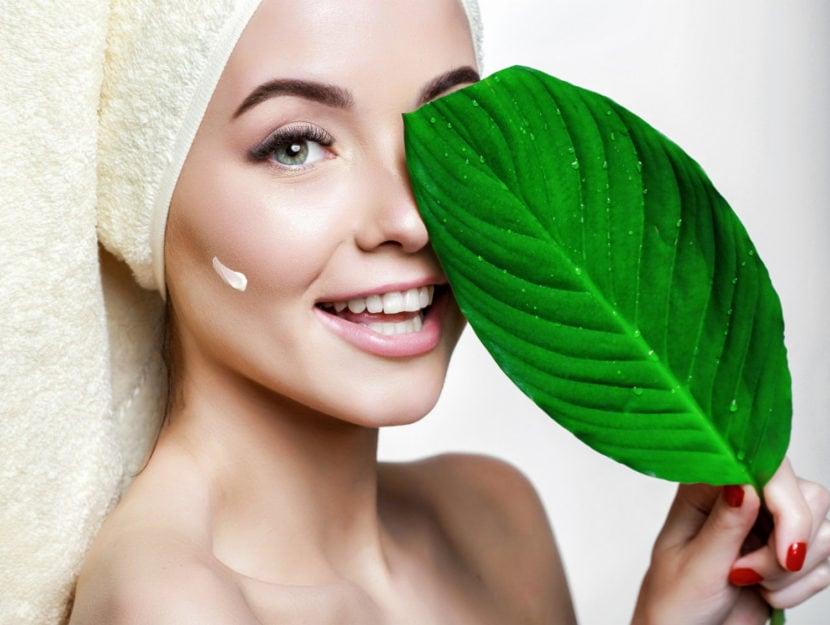 व्यवहार विरोधी उम्र बढ़ने: अनुकूल करने के लिए अपनी त्वचा की गर्मी