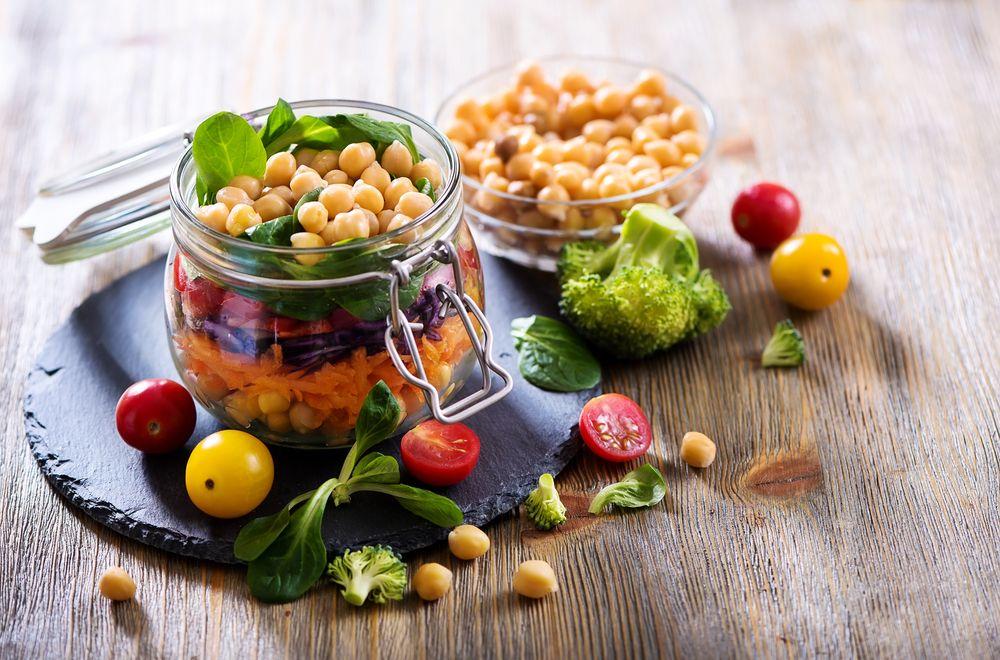 बताएंगे कि कैसे बनाने के लिए एक शाकाहारी आहार योजना